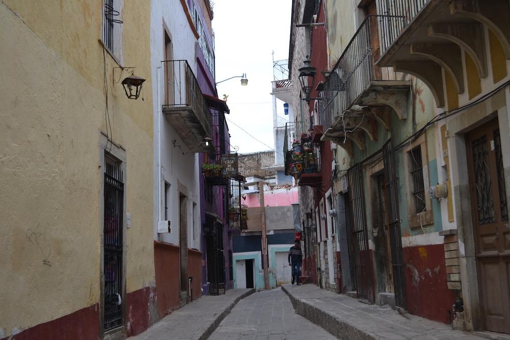 メキシコ・グアナフアトの住宅地2の写真
