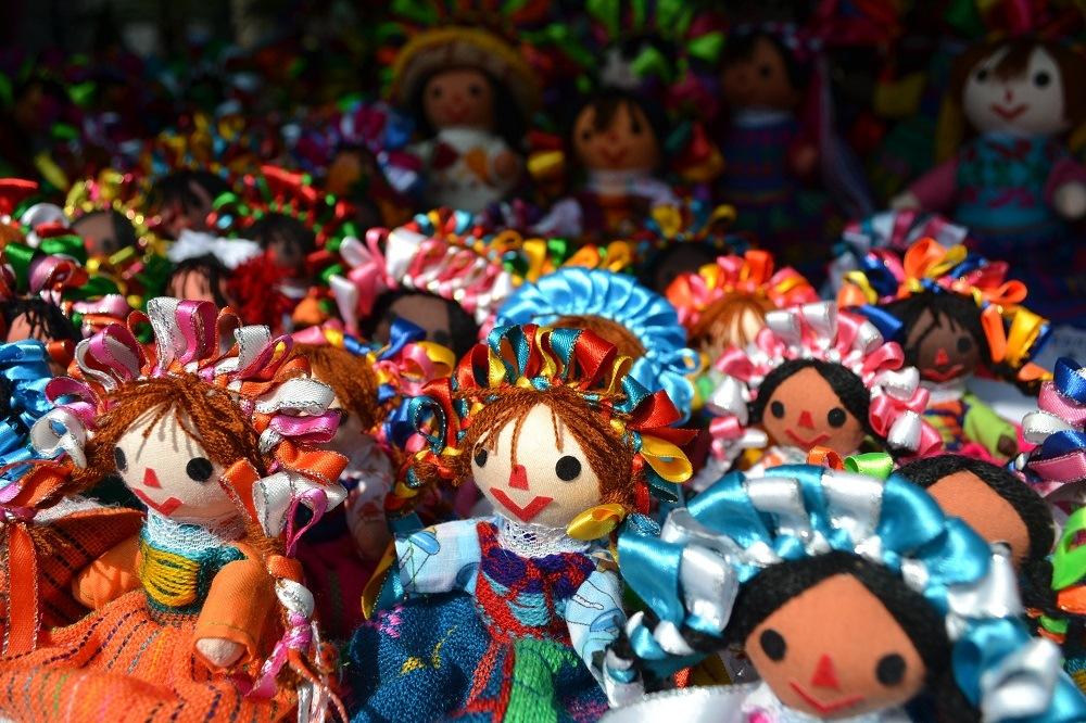 メキシコの民芸品(お人形)の写真