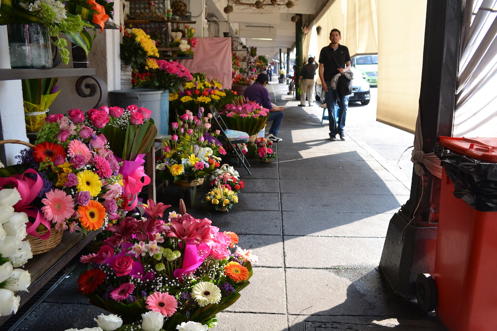 メキシコシティの花屋の写真