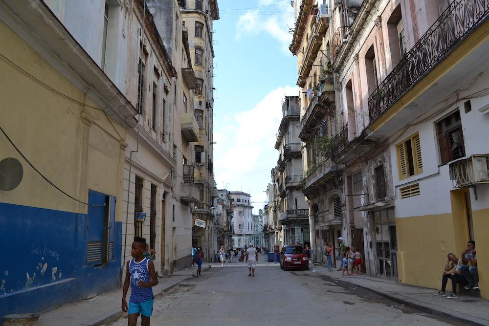 キューバ・ハバナの住宅地2の写真