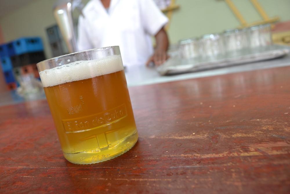 キューバ・ハバナの生ビールの写真