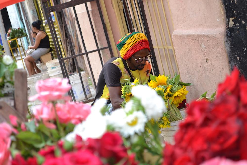 キューバ旅行|見た目ほど治安は悪くないからハバナの住宅地もぜひ〜