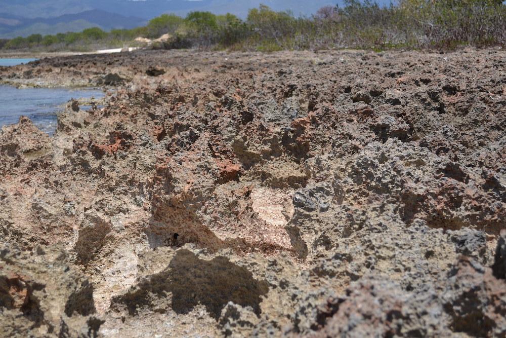 キューバ・トリニダーの釣りスポット(岩)の写真