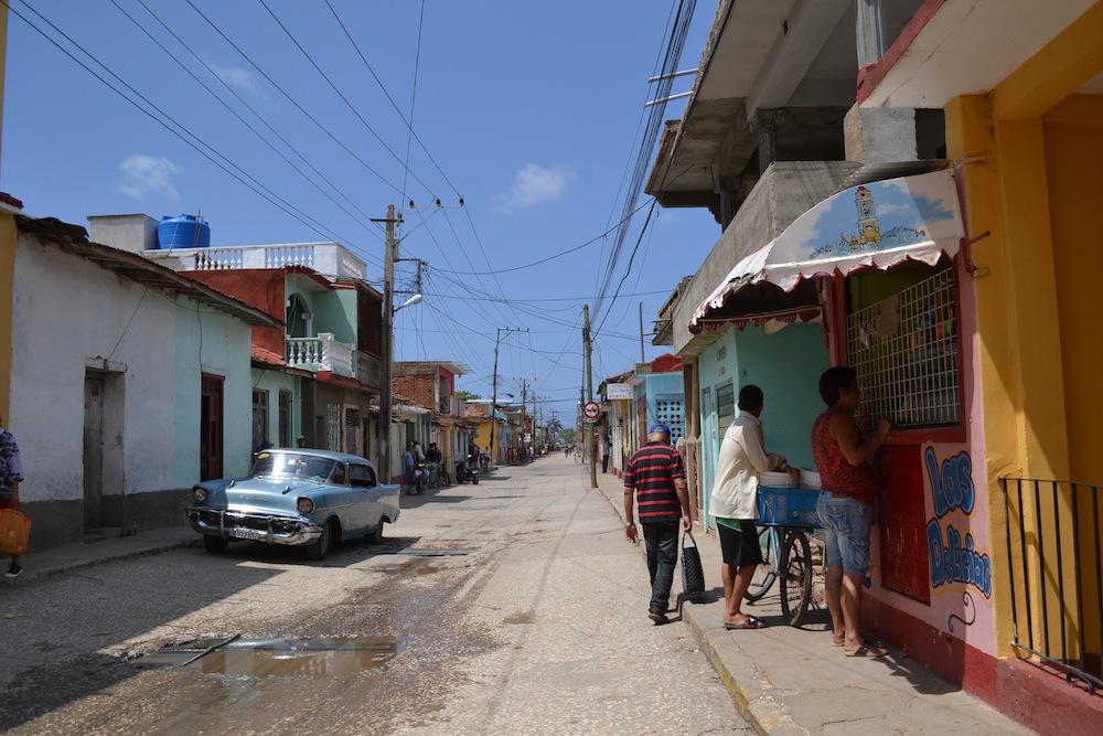 キューバ・トリニダーの路地2の写真
