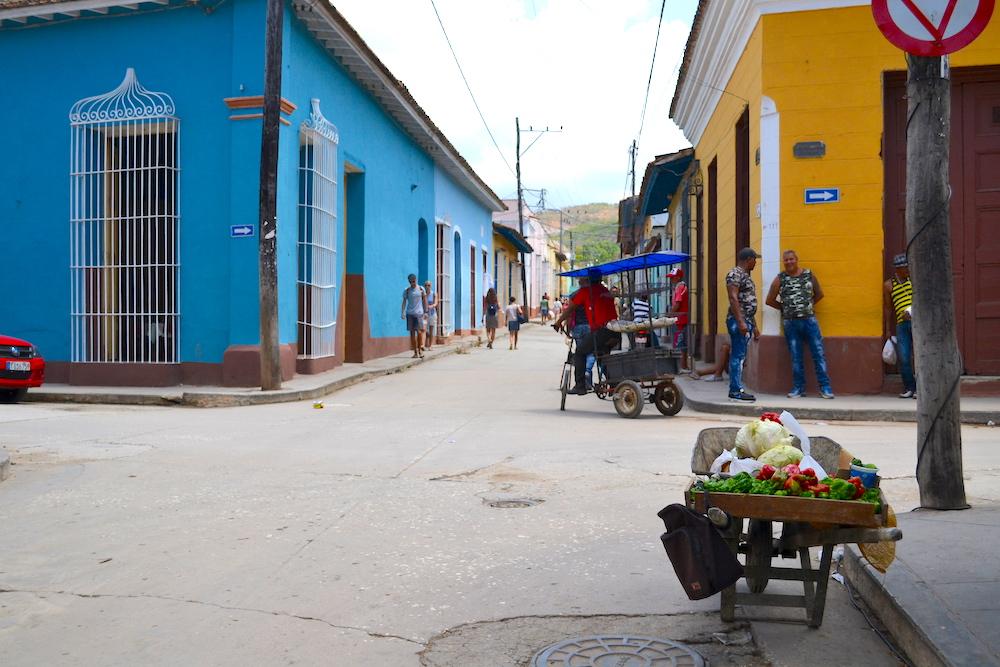 キューバ・トリニダーの露店(野菜)の写真