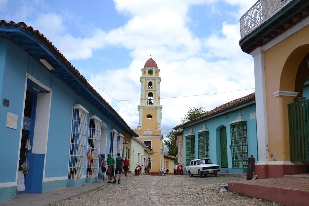 キューバ・トリニダーの町の中心の写真
