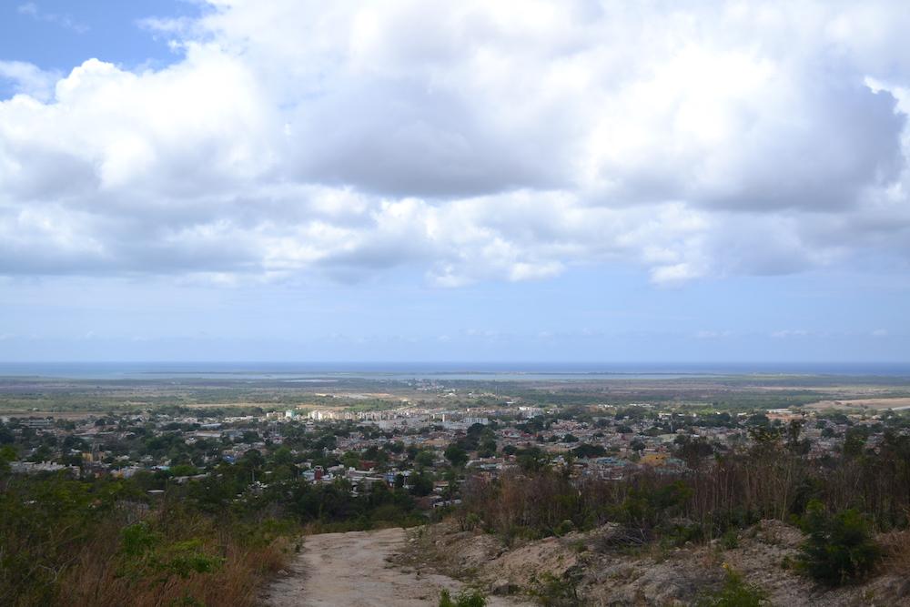キューバ・トリニダーの高台からの眺めの写真