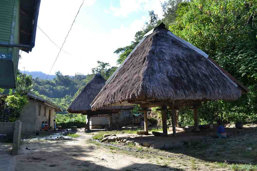 マニアック観光!バナウェからポイタン村とタムアン村に歩いて行ってみた。