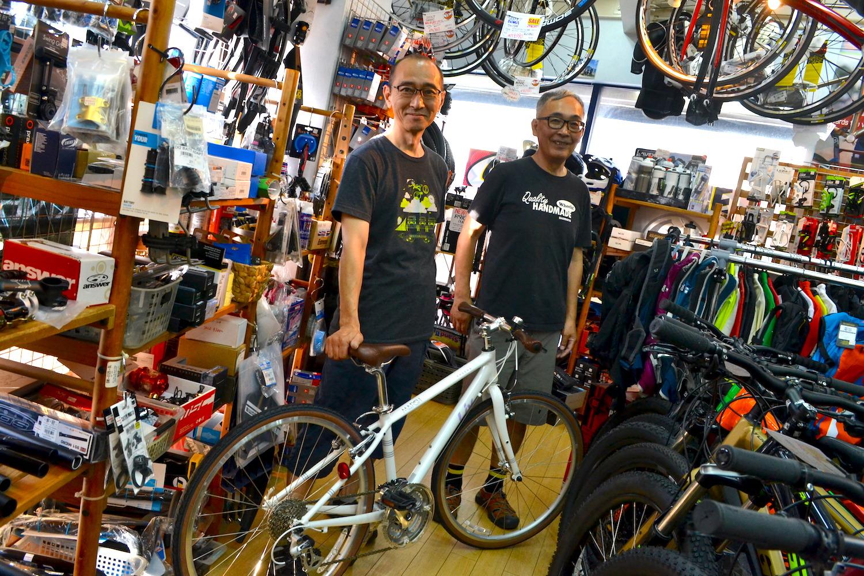 藤沢市のスポーツ自転車屋MARSH(店員)の写真