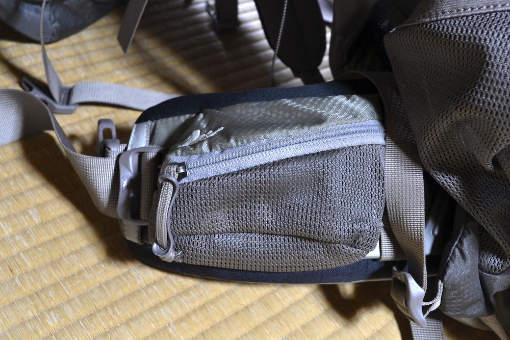 バックパックウェストハーネスポケットの写真