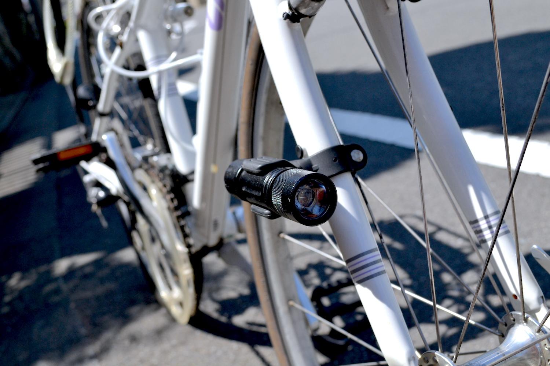 自転車日本一周ライト・GENTOS100ルーメンの写真