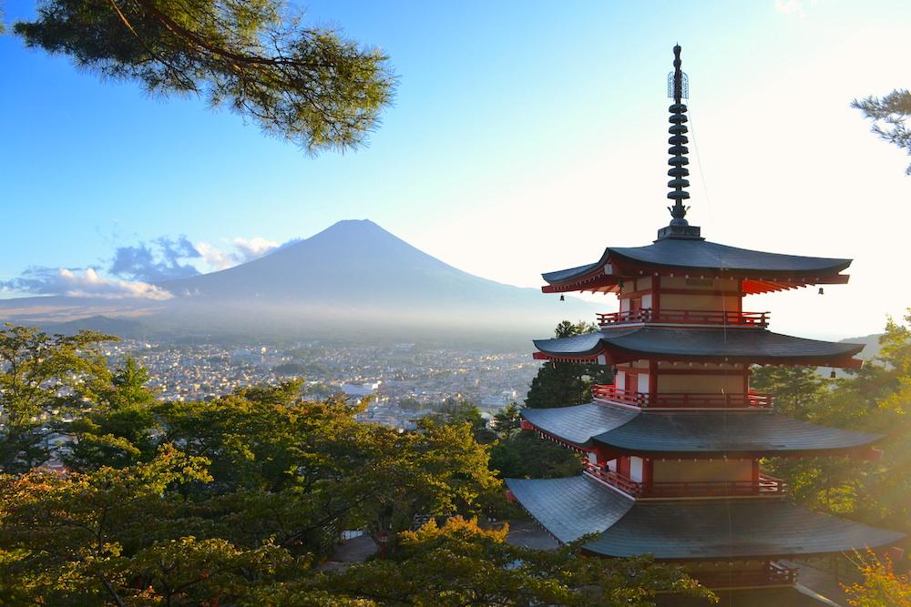 山梨県富士吉田市・新倉富士浅間神社の写真