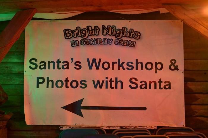 サンタと写真が撮れると書いてある写真