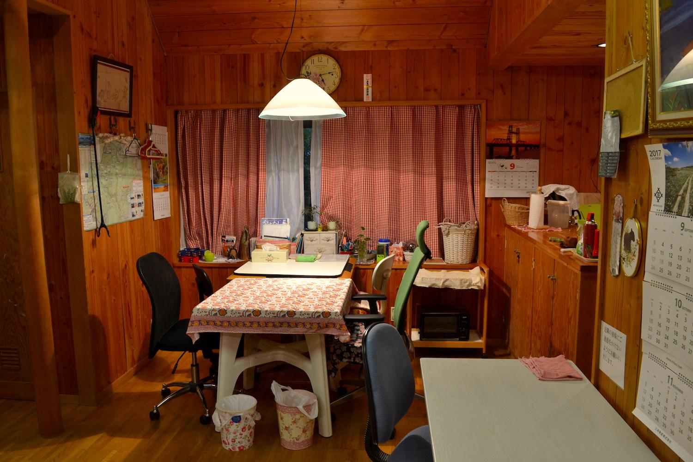 山梨県Airbnb一軒家(ダイニング)の写真