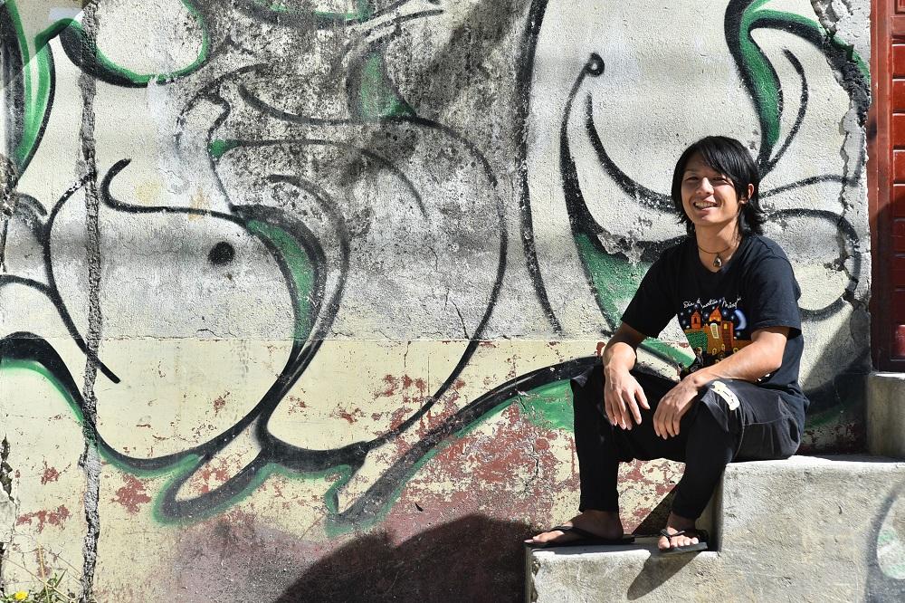 メキシコで撮影したプロフィール用写真(座位)2