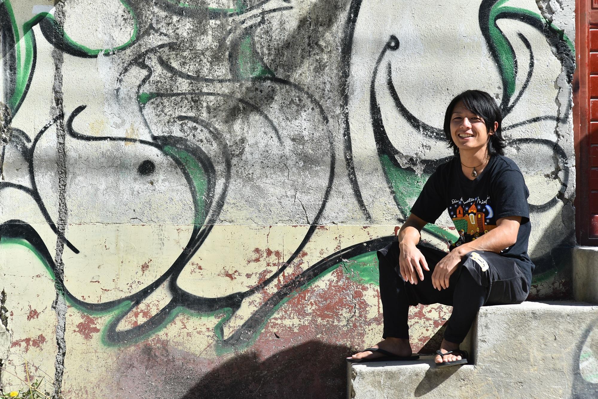 メキシコで撮影したプロフィール用写真(座位)
