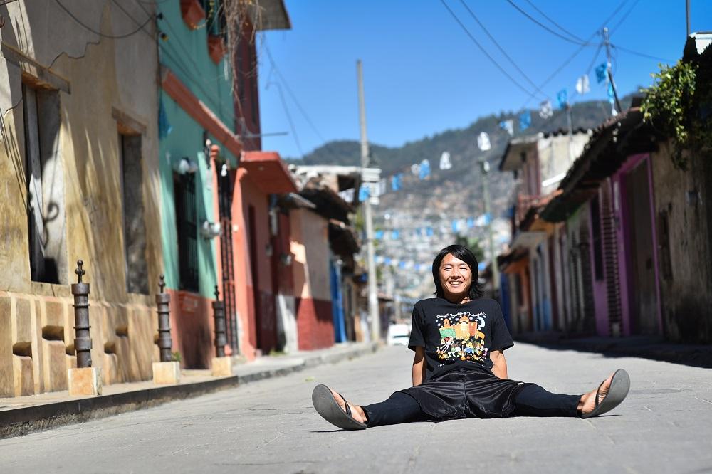 メキシコで撮影したプロフィール用写真(道路)
