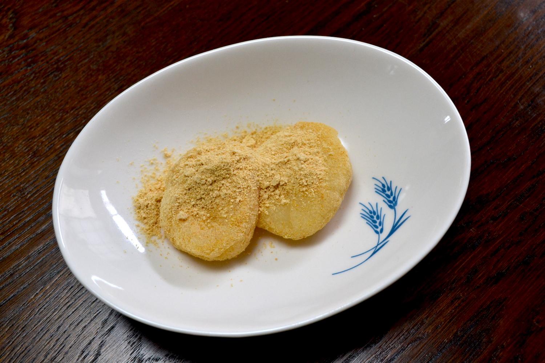 山梨県の和菓子屋金精軒の生信玄餅の写真