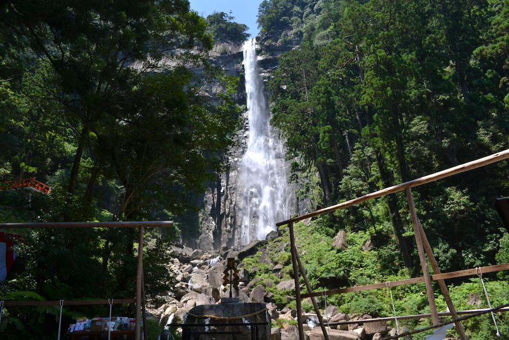 和歌山県|熊野那智大社の扇祭り(那智滝)の写真