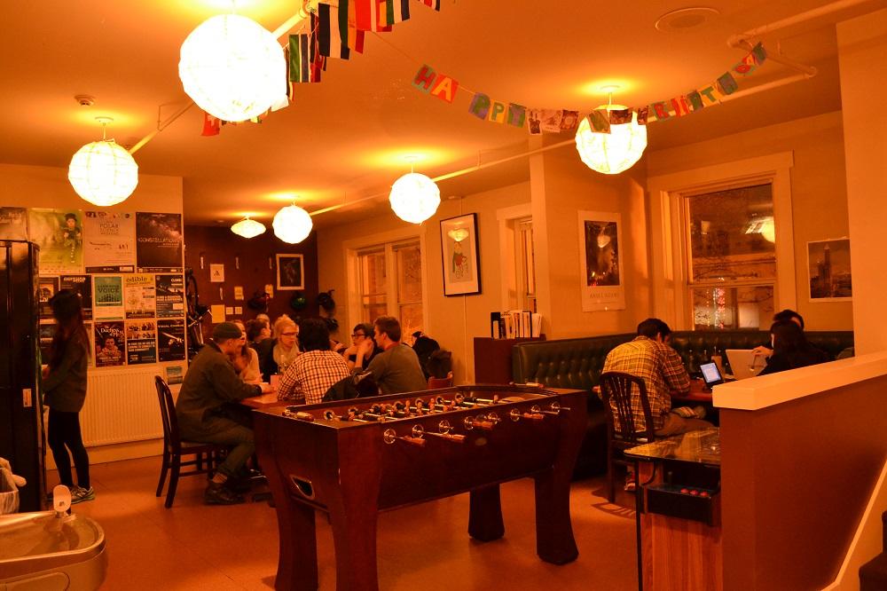 シアトル・グリーントータスホステルの共有スペースの写真