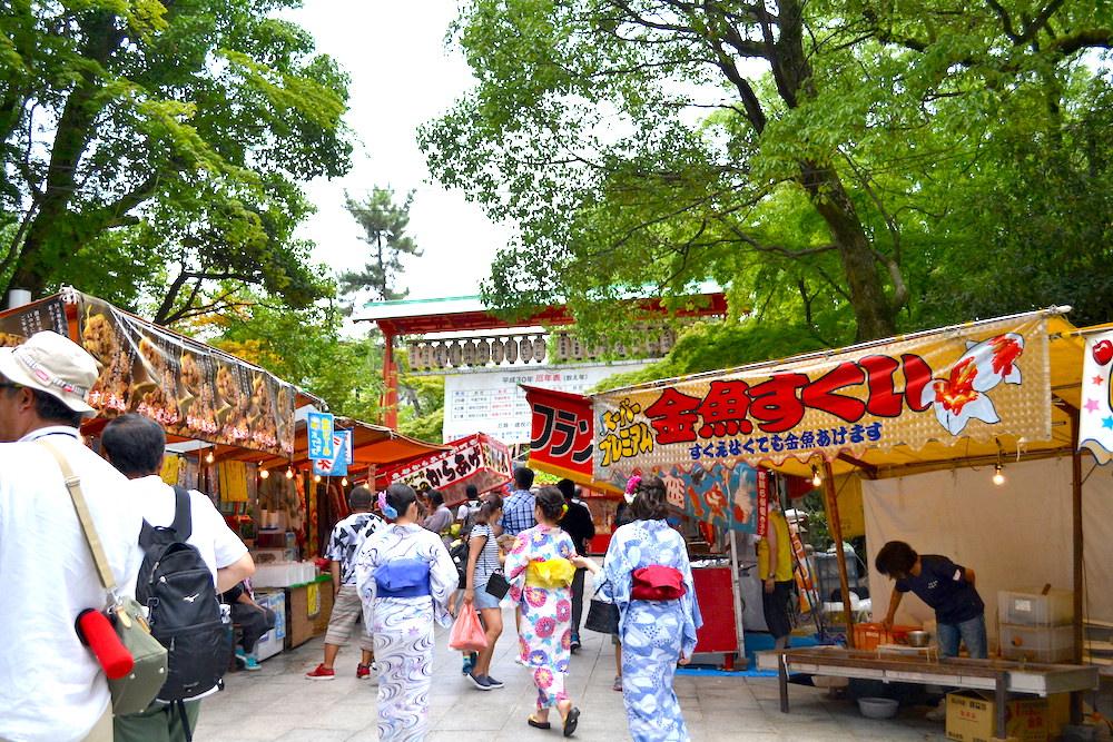 京都祇園祭・山鉾巡行(八坂神社の屋台)の写真
