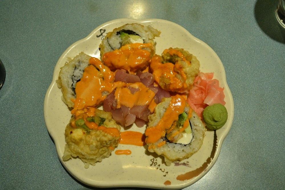 カナダ(海外)の変な寿司ネタ!ボルケーノロールって・・・(笑)