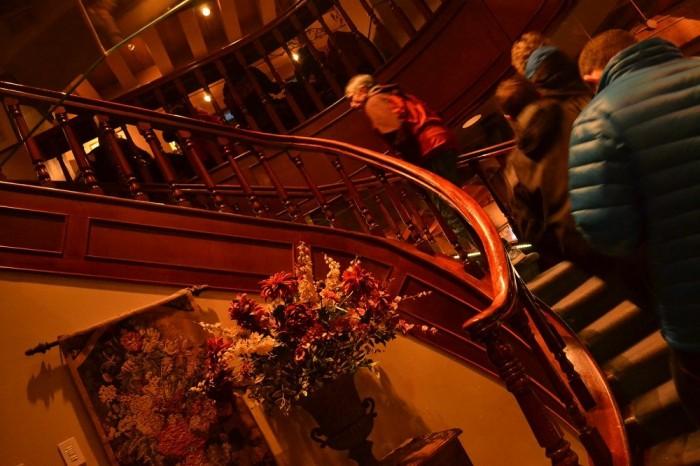 PUBの螺旋階段の写真