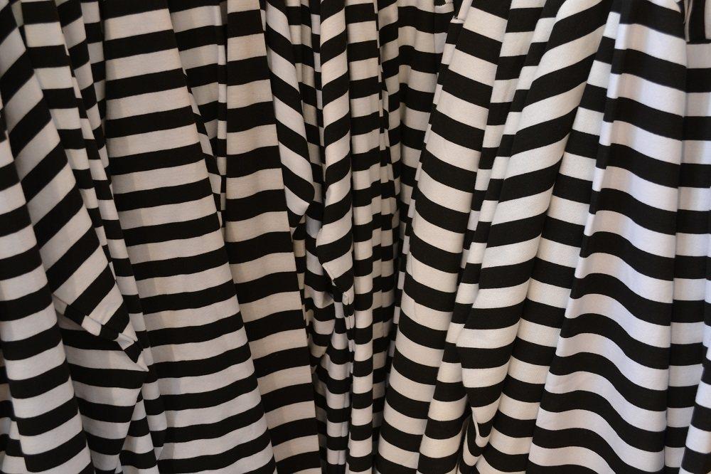 囚人Tシャツの写真