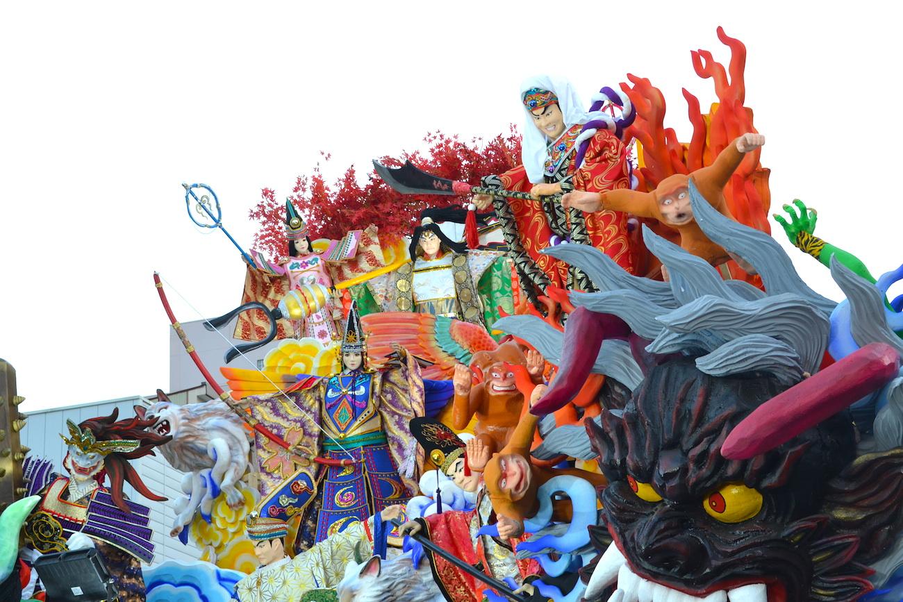 青森八戸三社大祭の山車(桃太郎・決戦)アップの写真