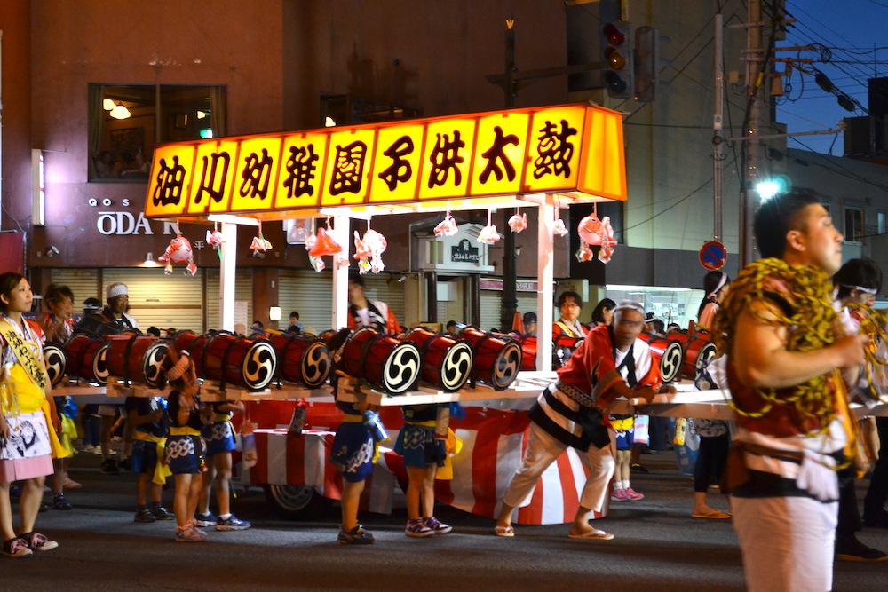 青森県ねぶた祭(お囃子・子供太鼓)の写真