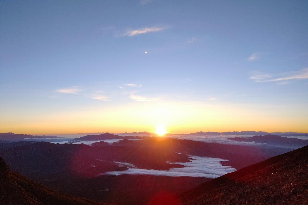 御嶽山の山小屋・ニノ池山荘からの景色(ご来光)の写真