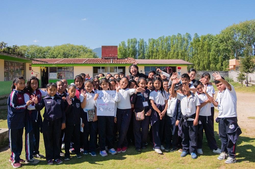 メキシコ・チアパス州サンクリストバルの小学校で課外授業の写真