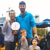 横浜ベイスターズのパットン投手と記念写真
