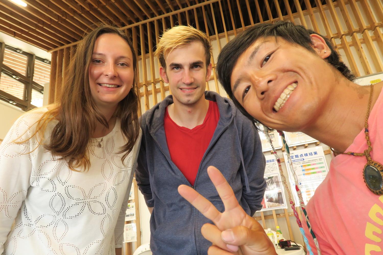 自転車日本一周:福島県の道の駅で出会った外国人旅行者の写真