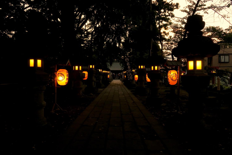 福島県須賀川市神炊館神社参道の写真