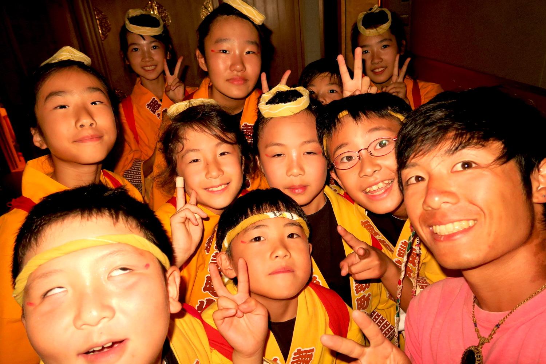福島県須賀川市神炊館神社の秋季例大祭(子供達)の写真