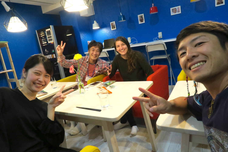 神戸Hostel Anchorage、お客さんたちと撮った写真
