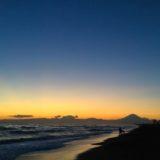 湘南辻堂海岸・富士山と夕焼けの写真
