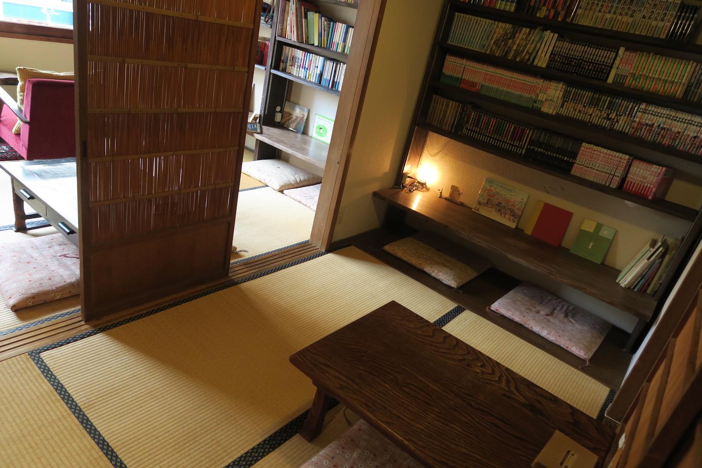 神戸の自家焙煎カフェ「すいらて」の二階席1の写真