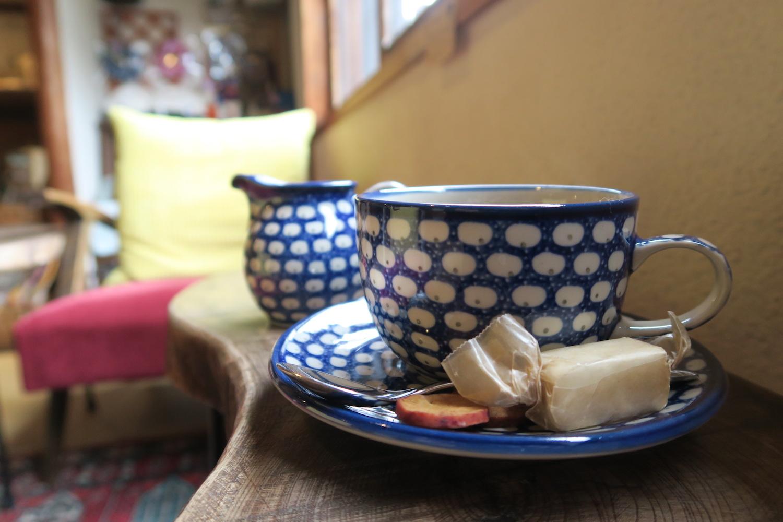 神戸の自家焙煎カフェ「すいらて」のポーランド食器の写真