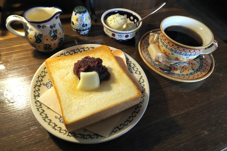 神戸の自家焙煎カフェ「すいらて」のモーニングセットの写真