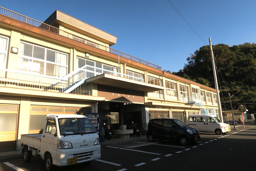 季節労働愛媛県でみかんアルバイト(マンダリン寮・外観)の写真