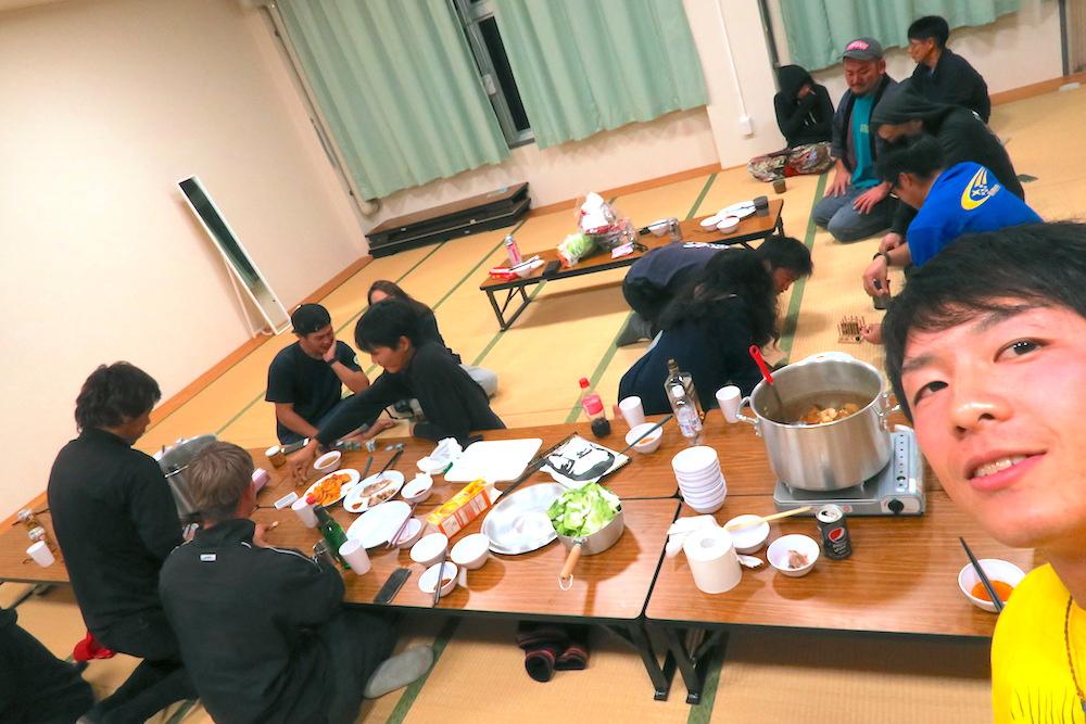 季節労働愛媛県でみかんアルバイト(マンダリン寮・鍋パーティ)の写真