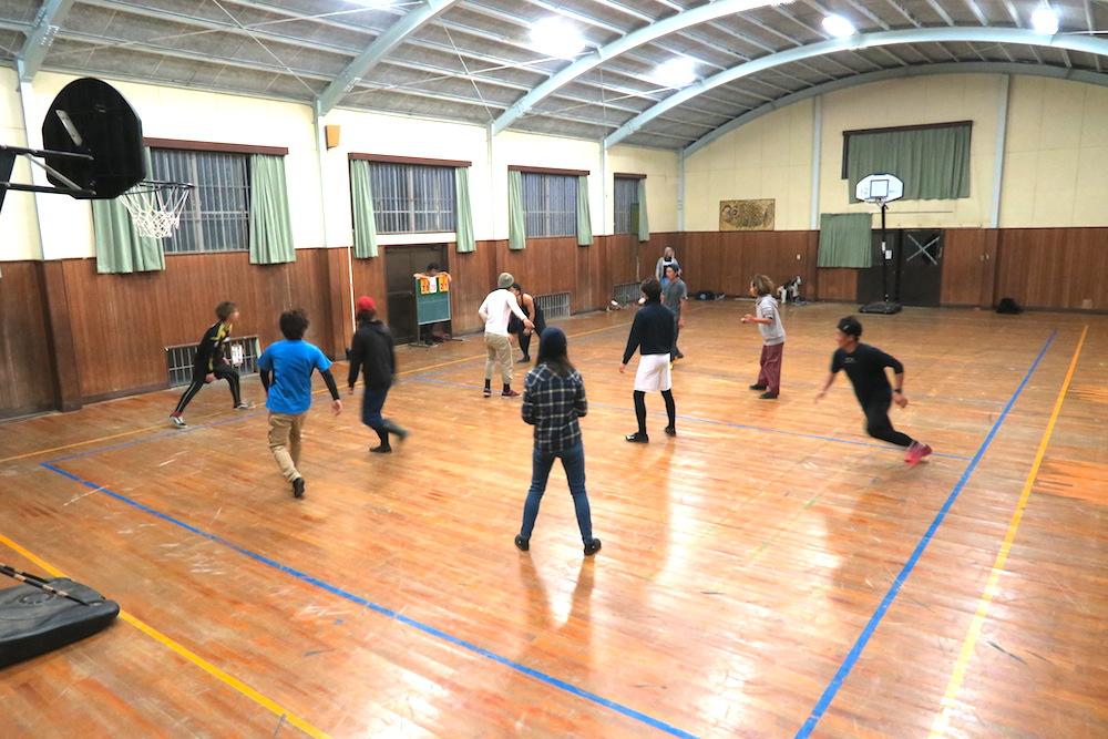 季節労働愛媛県でみかんアルバイト(マンダリン寮・体育館でスポーツ)の写真