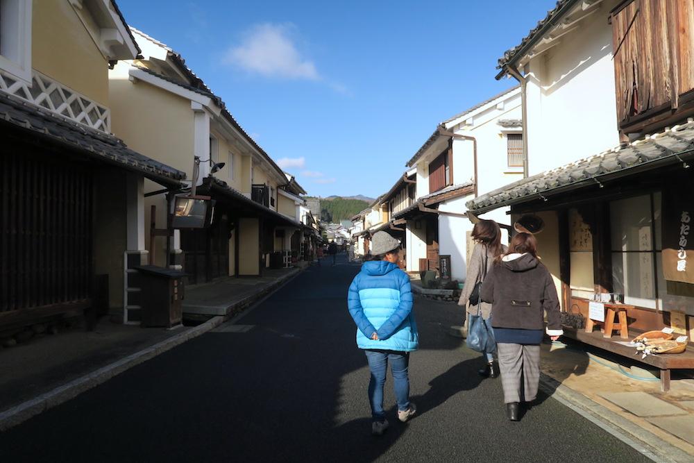 季節労働愛媛県でみかんアルバイト(地元の子と観光・内子町歩き)の写真