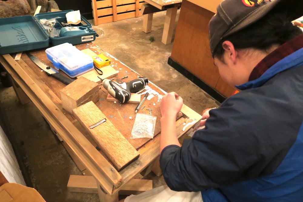 カフェ竜ちゃん本駒込店(改装中・椅子)の写真