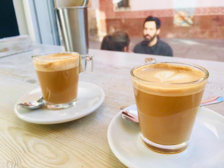 スペイン・セビーリャ(セビリア)のカフェのコルタードの写真