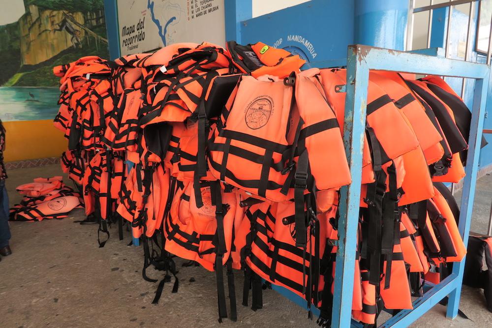 メキシコ・スミデロ渓谷ボートツアー(救命胴衣)の写真