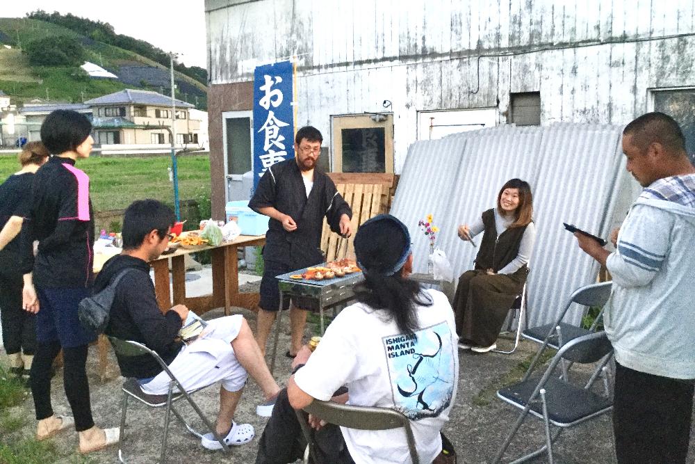京都・和束町 宇治茶の季節労働アルバイト仲間とバーベキュー2の写真