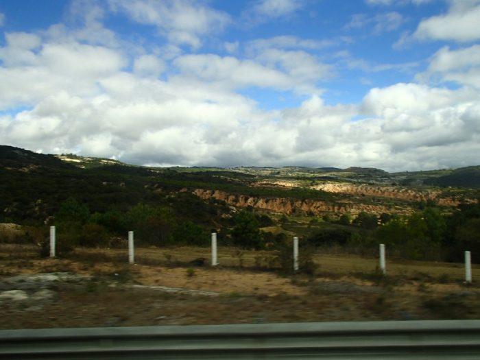 プエブラからオアハカへのバスの景色の写真